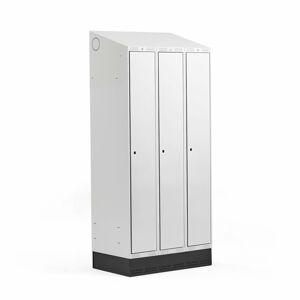 Šatní skříňka Classic, šikmá střecha, se soklem, 3 sekce, 2050x900x550mm, šedé dveře